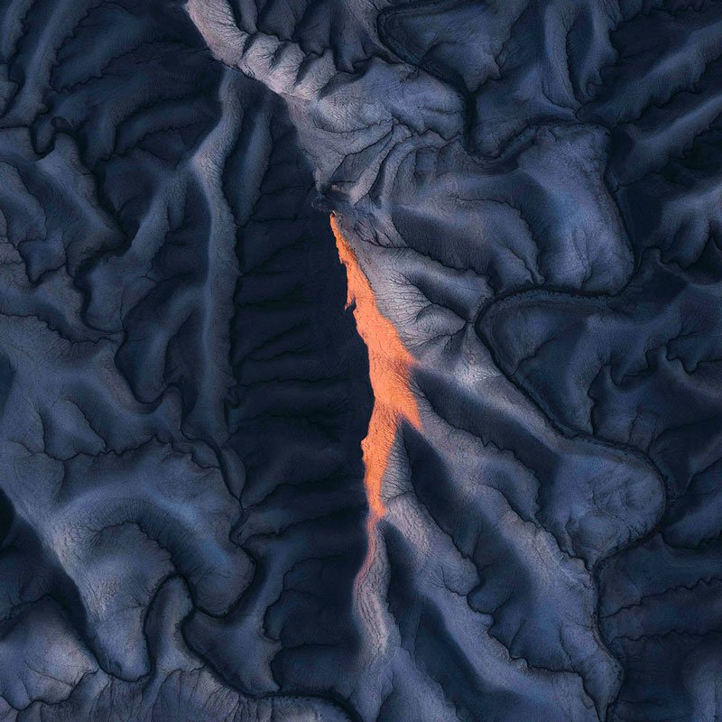 Hugo Healy Moonscape First Light featured